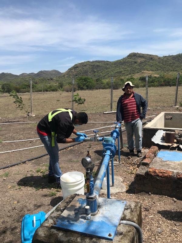 Muestreo de agua en Proyecto La India - CAPS 2 Pueblo La India