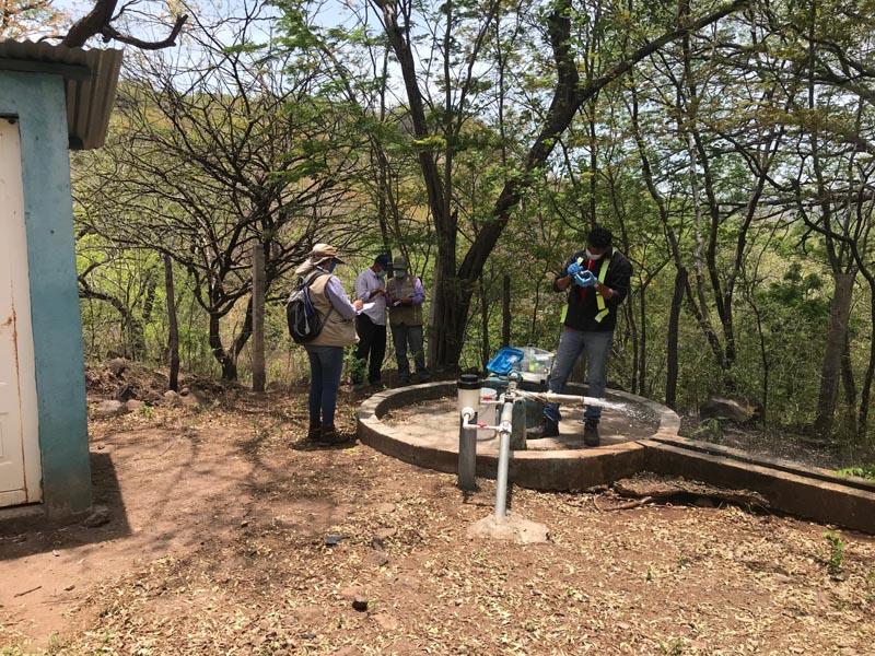 Proyecto de muestreo de agua en la India - CAPS el Carrizal village